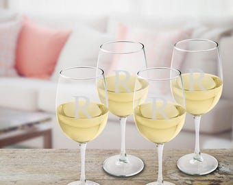 Personalized  White Wine Glasses Set of 4 - Monogrammed White Wine Glass Set - Mother's Day Gifts - Gifts for Her - Gifts for Mom - GC951