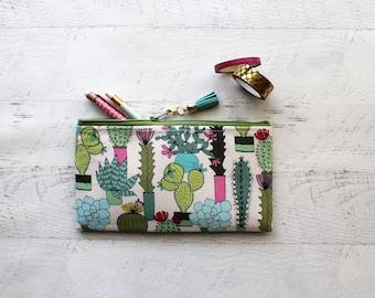 Cactus pencil case - cactus zipper pouch - teachers gift idea - bullet journal pen - bujo accessories - happy planner bag - planner pouch