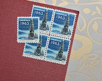 Ten 5c National Christmas Tree .. Vintage Unused US Postage Stamps .. Christmas, Winter Holiday, Seasonal, White House