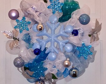 Sparkling Snowflake - Holiday Wreath