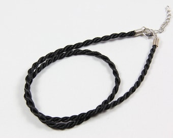 Set of 10 neck Tour 3 mm - black silk cords