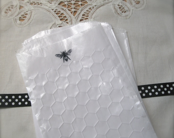 Bee, Honeycomb Glassine Bags, Embossed Paper Favor Bags, Wedding Candy Bar, Gift Bag, Etsy Merchandise Bags set of 10