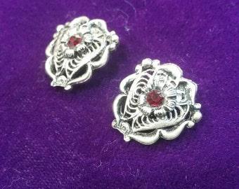 Vintage red rhinestone clip on earrings
