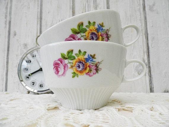 2 Kaffeebecher / Kaffeetassen / Teetassen Vintage Tasse Blumen