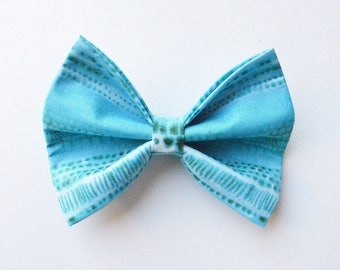 By The Seashore // Dog Bow Tie