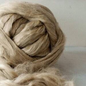 APPLEOAK FLAX & SILK Blend ~ a 50/50 blend of natural Flax and Vegetarian Tussah Silk ~ spinning fibre