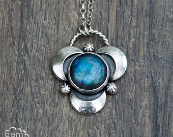 Sterling silver and Labradorite moon necklace - Moonscape collection -