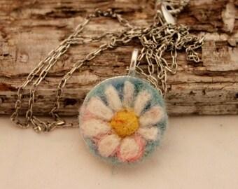 Felted Flower Necklace,  Flowerscapes Pendant Necklace, Needle Felted Daisy Necklace, Silver Daisy Necklace # 1682