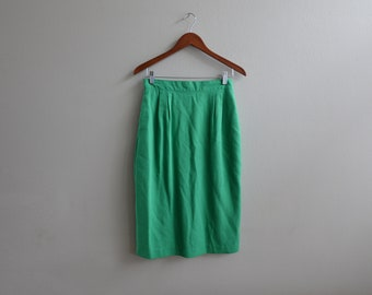 Vintage 80s Green Fitted Skirt By Simon Ellis