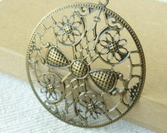 4  Bronze Filigree Pendants - Medallion Pendant - Necklace Findings - Round Metal Findings - Antique Bronze Medallions - Bronze Findings
