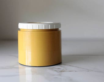 Thermos -- Soup Thermos -- Insulated Jar Thermos -- Mustard Yellow Thermos -- Vintage Thermos -- Hot/Cold Thermos - Thermos Jar