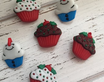 """Christmas Cupcake Buttons, Snowman Cupcakes, Themed Novelty Buttons by Buttons Galore """"Jolly Treats"""" Style 4776, Packaged Set of Set Buttons"""