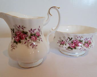 Vintage Lavender Rose Milk Jug and Sugar Bowl By Royal Albert. Pink Roses Sugar Bowl and Creamer. Perfect For A Pretty Afternoon Tea Party