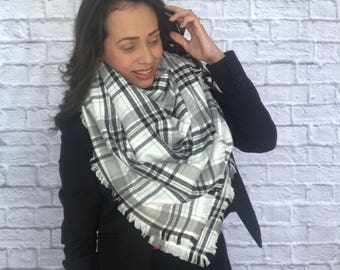 Blanket scarf /Flannel scarf /Cotton scarf /Plaid blanket scarf /Fall scarf /Winter scarf  /Soft warn scarf /Plaid scarf /Women's scarves