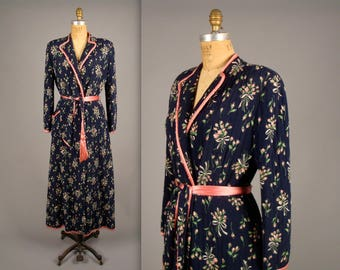 1940s navy blue and pink dressing gown • vintage 40s robe •  floral print quilted house coat