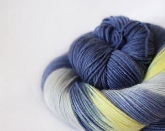 My Sun and Stars - Nuthatch - 75/25 superwash merino/ nylon sock yarn