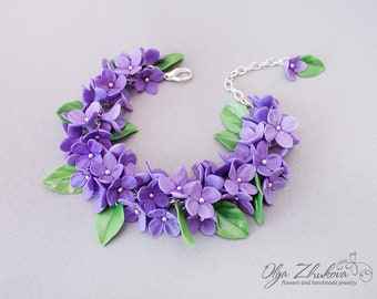 Flower bracelet with lilac flowers made of polymer clay.  Floral jewelry for women