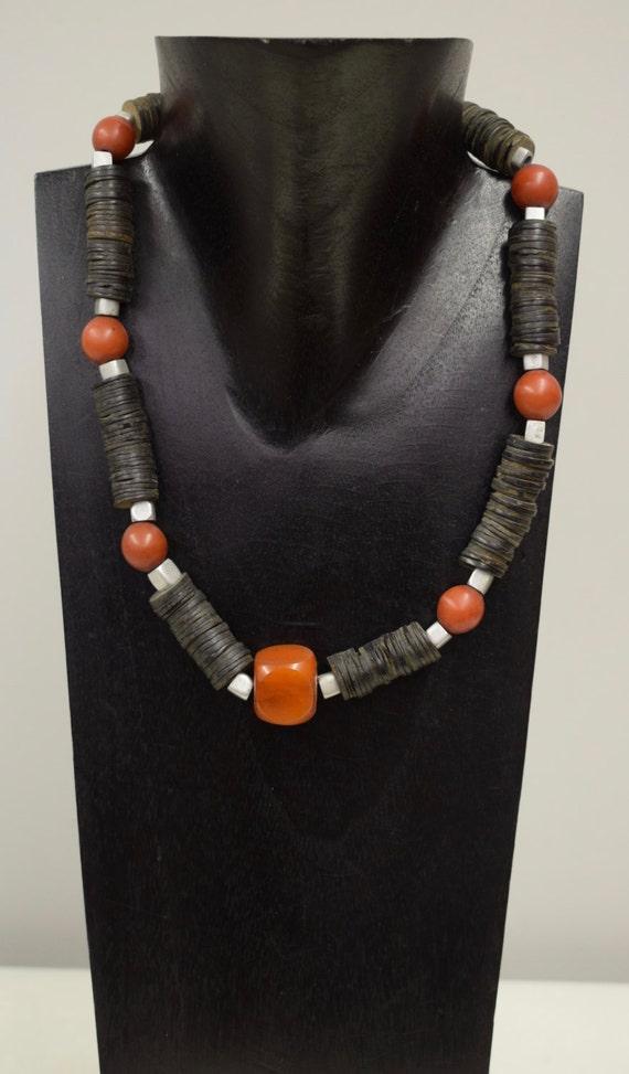 African Necklace Copal Amber Black Coconut Discs Masai Beads Handmade Masasi Aluminum Beads Amber Buri Nut Jewelry Necklace Unique