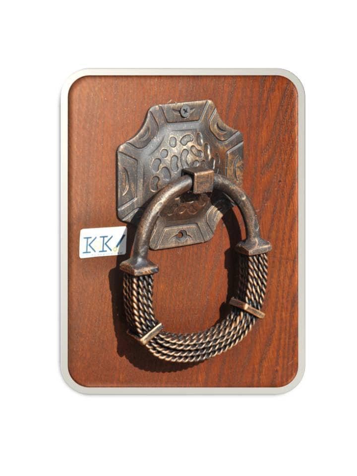 Knock on the door Front door knob Door pull Wrought iron handle ...