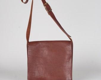 Messenger bag small tan/ leather messenger bag / cross body leather bag / tablet bag / leather briefcase / day bag / brown leather bag