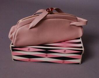Pale pink vintage leather handbag 50s