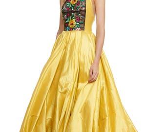 Maxi taffeta dress with handmade embroidery