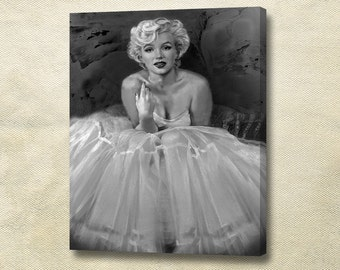 Marilyn Monroe Art. Christmas gift. Home wall decor. Custom canvas print. Gallery Wrapped Canvas. Wife gift. Mother gift.