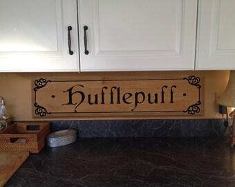 Hufflepuff plaque, griffindor sign, Harry Potter wood Sign. Harry Potter signs, ravenclaw signs,slytherin signs,hufflepuff signs,witch signs