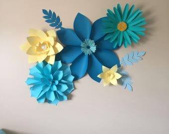 Blue and yellow paper flower set
