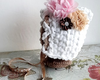 Newborn Bonnet, baby bonnet, crochet bonnet, newborn photo prop, newborn girl bonnet, flower bonnet, crochet baby bonnet, baby girl bonnet