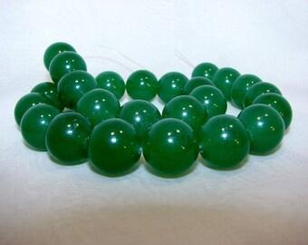 Green aventurine round 16 mm. Semi-precious stones.
