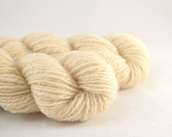 Handspun Yarn ,  Cream