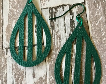 Earrings Leather Feather Green Textured Teardrop Shaped Faux Leather, Pleather, Dangle, Pierced, Lightweight