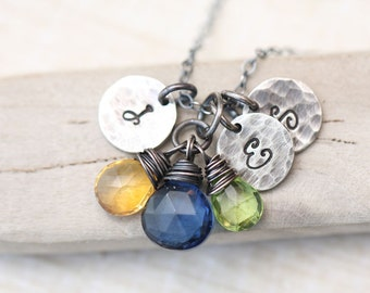 Personalized Mother's Necklace with Initials and Birthstones, mothers birthstone necklace Gemstone Initial Necklace, mothers family necklace