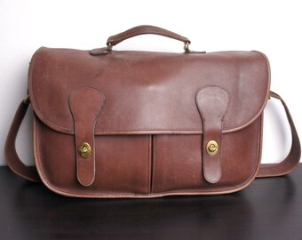 Vintage Coach Musette Carrier Bag, Mahogany Brown Leather, Double Turn Lock Messenger, Shoulder, Laptop Briefcase 1980s United States 040214