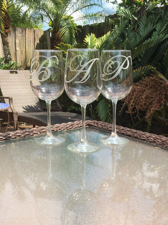 Personalized Initialed Wine Glass Set Of 2 Wedding Gifts