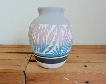 Colorful Dusty Pastel White Clay Navajo Pottery Ceramic Vase - Artist Signed