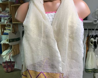 Handwoven cotton scarf with gold and purple tilet