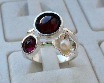 Garnet Silver Ring, Pearl Ring, Sterling Silver Ring, Handmade Garnet Ring, Multistone Ring, Friendship Ring, Gemstones Ring, Mother's Day