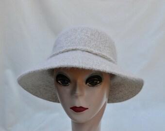Beige Wool , Angora Blend Brim Hat  / Wool Blend Tan Hat / Womens Winter Hat / Hat With Flower Pin / Millinery / SALE LAST ONE!