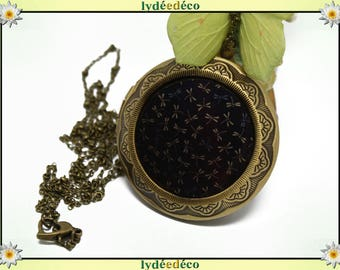 Necklace holder photo retro vintage resin dragonflies and blue brown black brass Locket 45 mm diameter