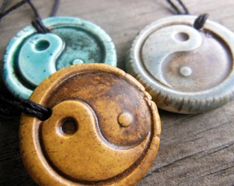 ONE Yin and Yang Essential Oil Diffuser Necklace, Chinese Symbol Tai-ji Balance Symbol Aromatherapy Ceramic Jewelry for Men Taoism Taijitu