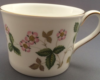 Wedgwood Wild Strawberry Straight Sided Tea Cup