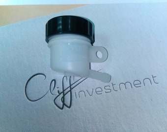 Universal motorcycle brake reservoir master cylinder oil fluid cup/bottle