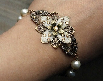 Wedding Jewelry, Bridal bracelet, Pearl Bracelet, Bridal Shower Gift, Weddings