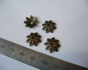Antique set of 4 cups for 18-20 mm beads