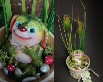 OOAK creature, bog creature in a pot