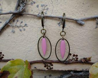 Shuttle cherry earrings