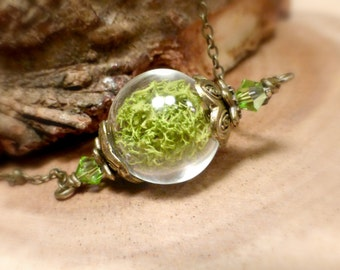 Real moss terrarium necklace Green plant choker Peridot crystal vial jewelry Rustic nature wedding gift for her Women's jewellery