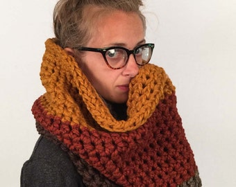 Extra Chunky Cowl / Large Crochet Cowl / THE HIGHRISE / Ombre Brown Orange Cowl